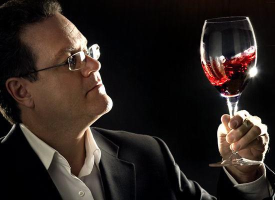 Fase visual de la cata de vinos