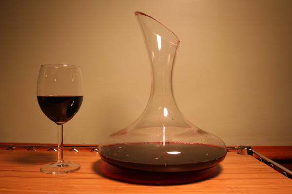cómo decantar el vino